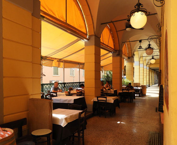 Porticoes of Bologna - 38kms exist within the city